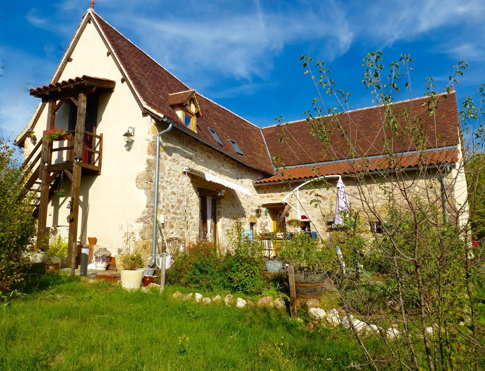 Immobilier Figeac Art et Maisons 973 CHARMANTE MAISON EN